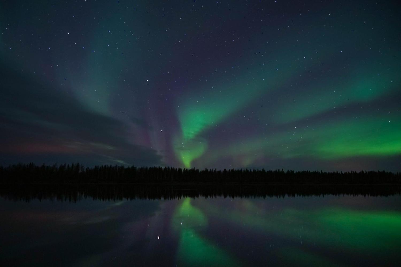 Rovaniemi lake with northern lights