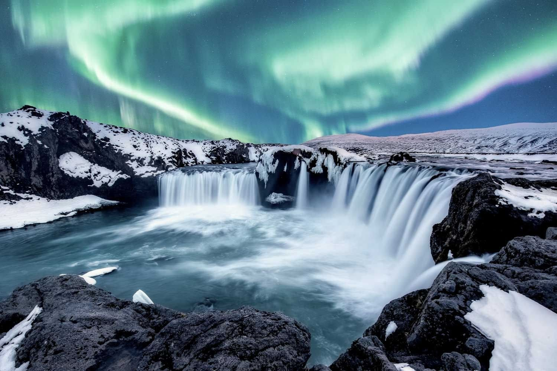 aurora over Godafoss